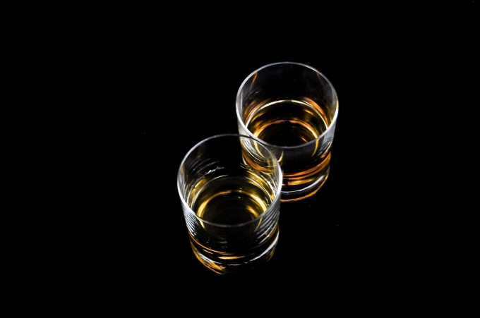 alcoholic-beverages-brandy-drink-51365.jpg