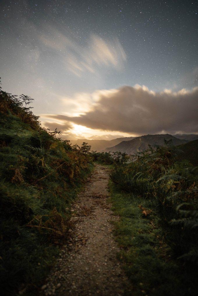 dawn-dirt-road-footpath-1497304.jpg