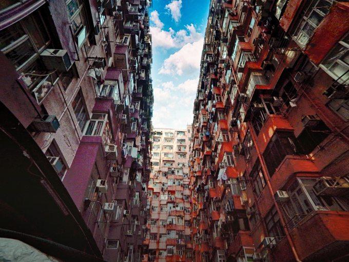 apartments-architecture-buildings-931102.jpg