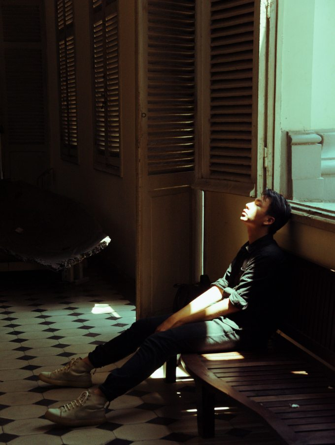 blur-dark-furniture-1532775.jpg