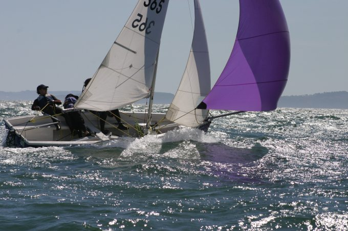 waves-boat-sailing-dinghy-76978.jpg