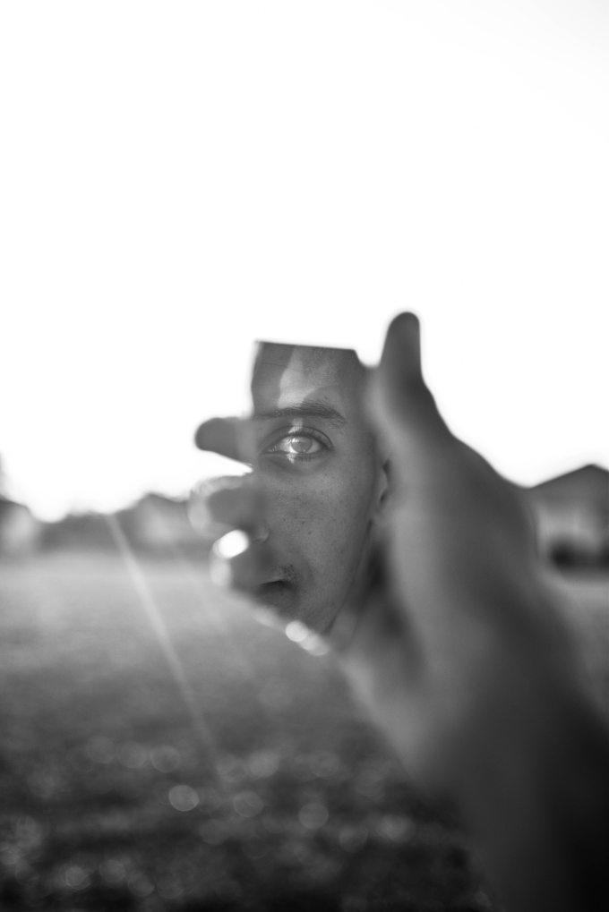 grayscale-photo-of-human-hand-2050590.jpg